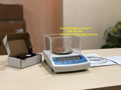 Cân phân tích 3 số lẻ WTC200 - maydothinghiem.com.vn - 0938 222 991