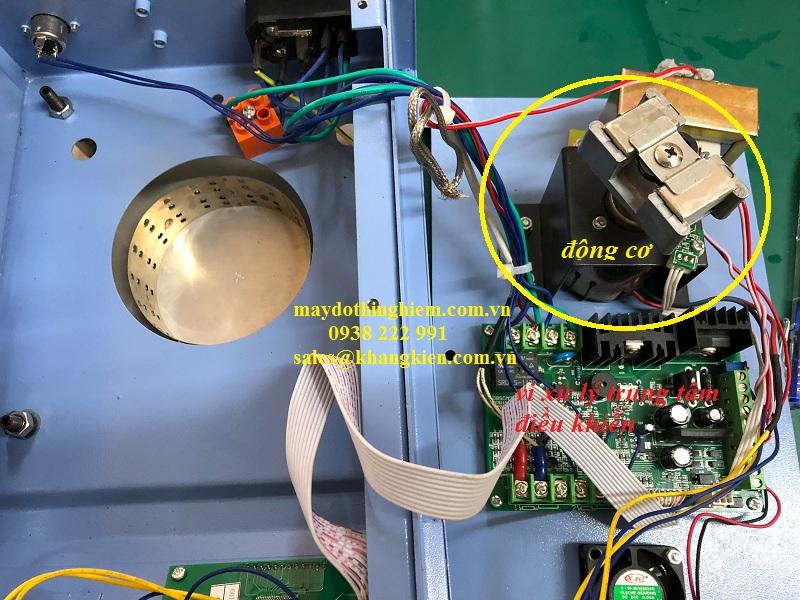 kiểm tra bên trong máy khuấy từ nhiệt