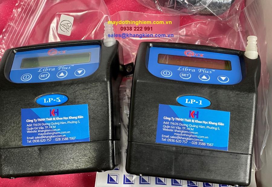 So sánh máy lấy mẫu khí maydothinghiem.com.vn
